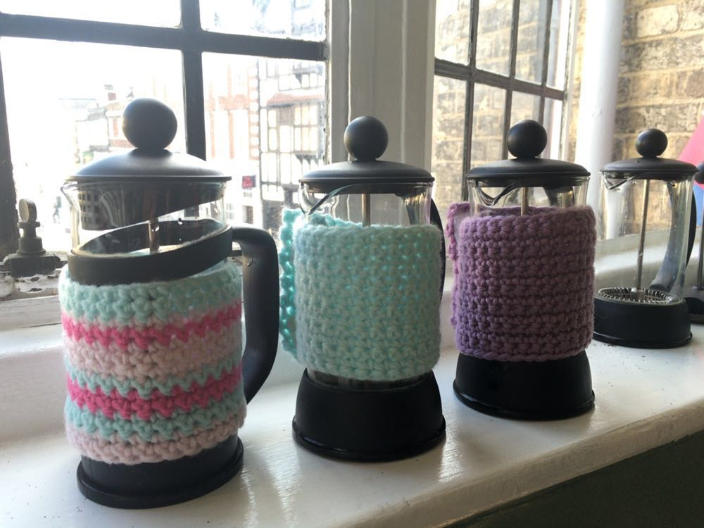 Crochet cafeteiere covers