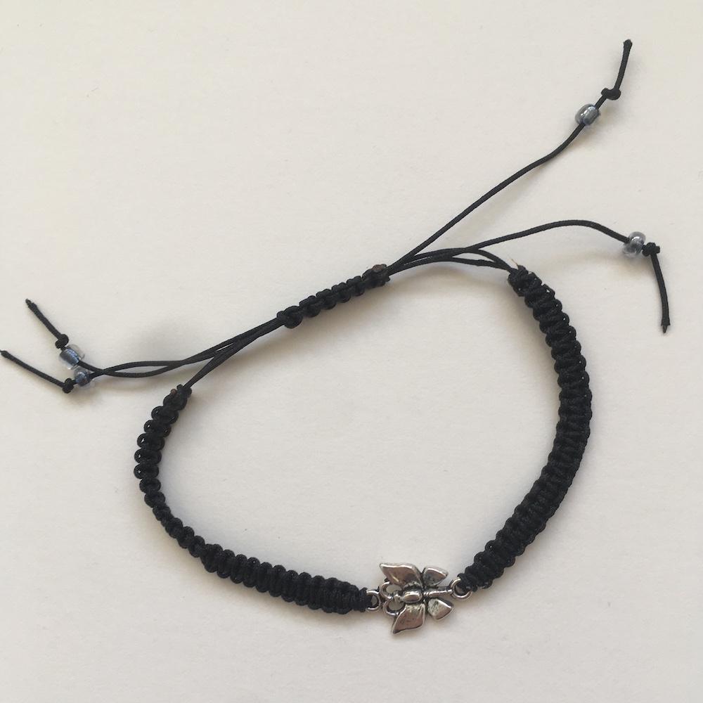 blackbracelet smaller